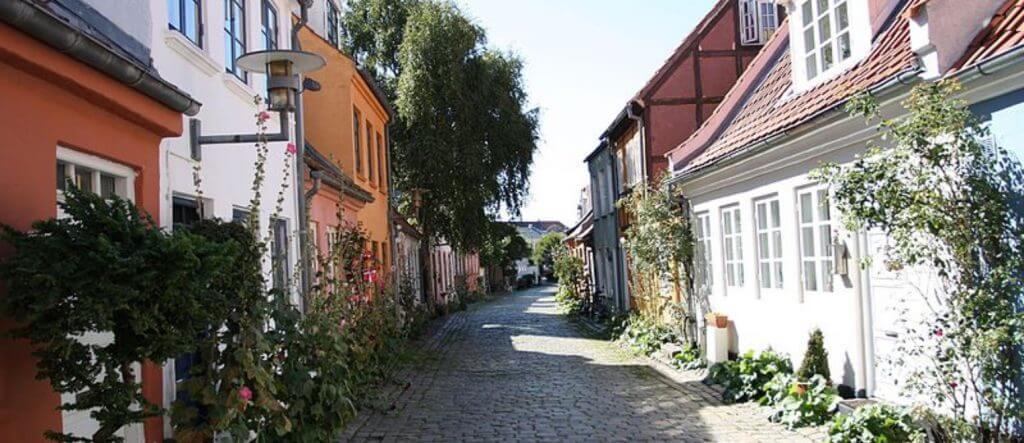 Boliger i små gader findes lettest på boligsiden